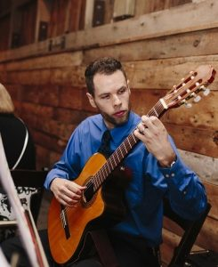 Classical guitarist for events